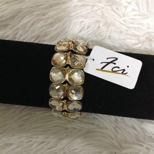 BRAND NEW gold and gemstone stretchy bracelet